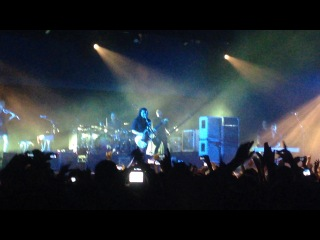PLACEBO - Too many friends (10/12/13 Bercy Paris)