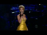 Beyonce - At Last (Etta James Fashion Rocks 2008 LIVE)
