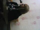 Ахуенная девочка играет на барабанах и поёт!!!Классно:3