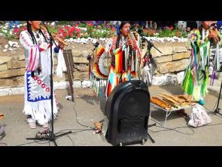 Эквадорские индейцы)) Yarik Ecuador – Churay huarmigu
