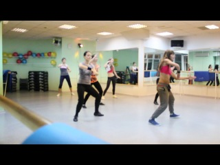 ZUMBA® Fitness with Ekaterina Ismagilova ZIN™/Eddy Lover - Rueda, Rueda [ http_vk.com_Musica.Latina]