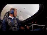 Самолет и парашютист - Martin Sonka & Petr Mestak