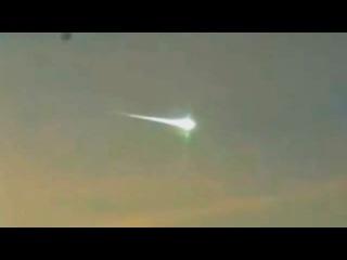 Метеорит в Челябинске сбил НЛО Реальные кадры 15 02 2013