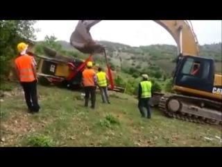 Неудача при поднятии трактора