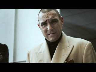 Vinnie jones' hard and fast hands-only cpr; непрямой массаж сердца - алгоритм..