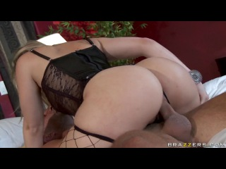 Alexis Texas - Desperate Housewife Domination(2014).