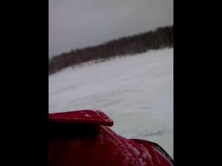 снегоход - очень быстрый снегоход - и холод, просто холод !