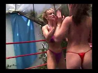 Tanya Danielle vs Jewell Marceau .(S.G.)
