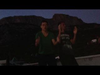 Daft Punk - Around the world(неофициальный клип).