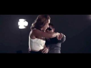 COMO TE VOY A OLVIDAR LOS ANGELES AZULES feat Kinky ViDEO OFICIAL