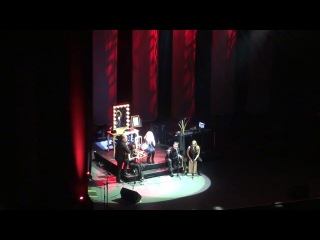Lara Fabian - Je T'aime Il Est Lune /Toronto, 13-01-2014/