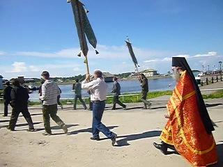 Соловки. Крестный ход в Соловецком монастыре на Праздник отдания Пасхи, 2013, часть 3