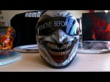 Bandit Crystal Motorradhelm im Joker _ Jester Airbrush Design