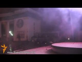 Беспорядки на улице Грушевского в Киеве Украина Евромайдан 19 01 2014
