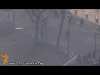 Kiyevdə toqquşma zamanı azı 35 nəfər ölüb