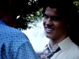 Taylor Lautner talks about his wig