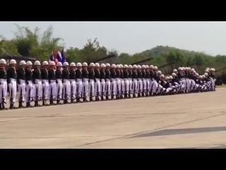 Военный парад Эффект домино, 50 солдат, Тайланд / Military parade - domino effect, 50 soldiers, Thailand /