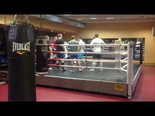 Групповые тренировки по ММА и К-1 в Бойцовском клубе АРЕНА