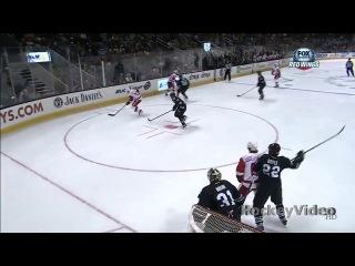 Юмор в хоккее.Павел Дацюк сломал Кутюру лодыжку (Streetball Style) [HD]