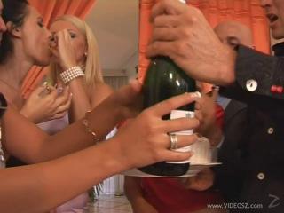 Angelika Black, Janice King, Judith Fox, Leanna Sweet, Megan Cole, Melanie, Simony Diamond ( Mad Sex Party