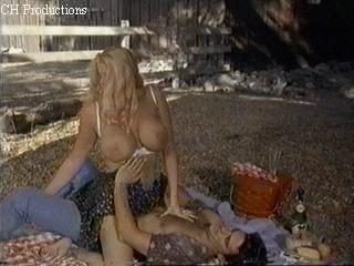 Сцены секса с анной николь смит из фильма небоскрёб