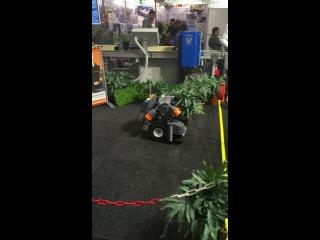 Выставка IPM Essen 2014_робот для расставления растений в питомниках