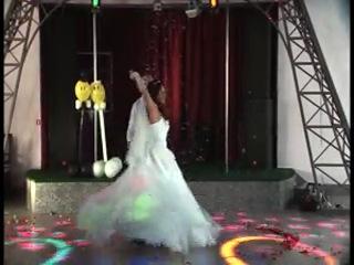 Сергей и Яна первый свадебный танец.