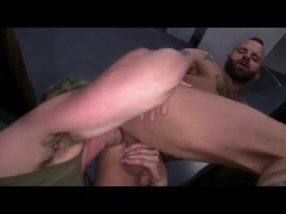 секс в казармах видео