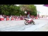 Мотоциклы фристайл байк гонщик трюки на мотоциклах  Мотоциклы и мотоциклисты | Yamaha | Ktm | Honda | Suzuki | Ducati | Bmw | Kawasaki | Стантрайдинг | Трюки | Слет | Дрифт | Прохват | Дтп | Прикол | Мото |  Гонки | Драг |  Спортбайк | Драка | GoPro |  акробатика мото спорт.
