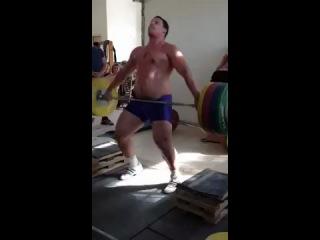 Ольшанецкий Игорь. Рывок 180 кг.
