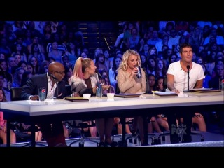 Funny moments of demi lovato on the x factor usa 2012