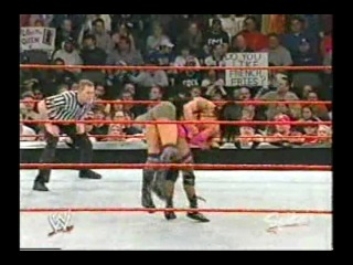 Lita vs Victoria vs Jazz vs Molly Holly(c)(WWE Raw 23.02.2004)