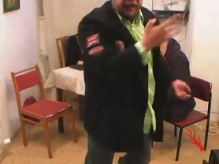 Пахом ебашит за бабу с крюка
