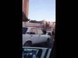 Bakının mərkəzində qatarla avtobus toqquşub