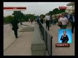 Женщина на черном седане въехала в ограду Белого дома