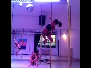 Marion Crampe.Icarina Move
