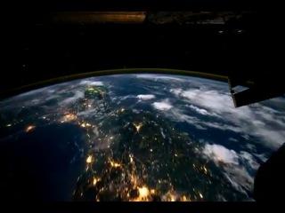 Вокруг Земли за 60 секунд (ночной полет в космосе)