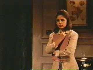 Sarah Michelle Gellar Revealed (2002)3