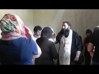 Трисвятое на Ассирийском языке.архимандрит Серафим из Грузии