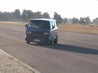 Автомобиль Volkswagen Transporter T3 (Фольксваген Транспортер Т3). Видео тест-драйв