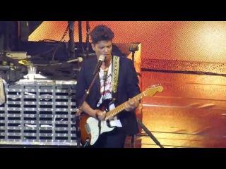 Bruno Mars - Billie Jean & Dirty Diana (Michael Jackson Cover) - Live The Chelsea Las Vegas