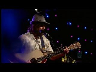 Angus and Julia Stone-Paper Aeroplane - Live at the Basement-High