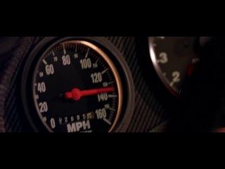 Forsazh 2001 (Когда моя девушка получила права и села в нашу машину, переключала она передачи - один водин как в этом фрагменте! Ну понять её можно, во первых училась на раздолбанной русской машине, во вторых на наших коробках передач, по другому с непривычки не переключишь!