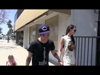 Pete Wentz asked about Jessica Simpsons baby