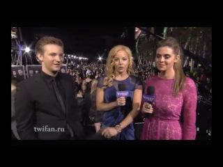 Breaking dawn part 2 premiere 4 interviews and casey labow on black carpet