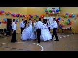 Красивый танец,вальс,выпускной,школьные годы