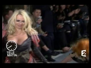 Памела Андерсон засвет (Pamela Anderson nude) Opps http://vk.com/nudecelebrities - все голые знаменитости здесь!