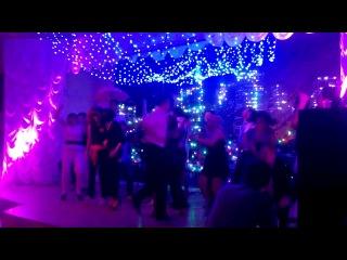 концовка танец на Рождество, Лендворец
