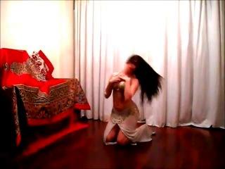 Nouran Belly Dancer- Iraqi Dance