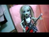 Клип под Avril Lavgine